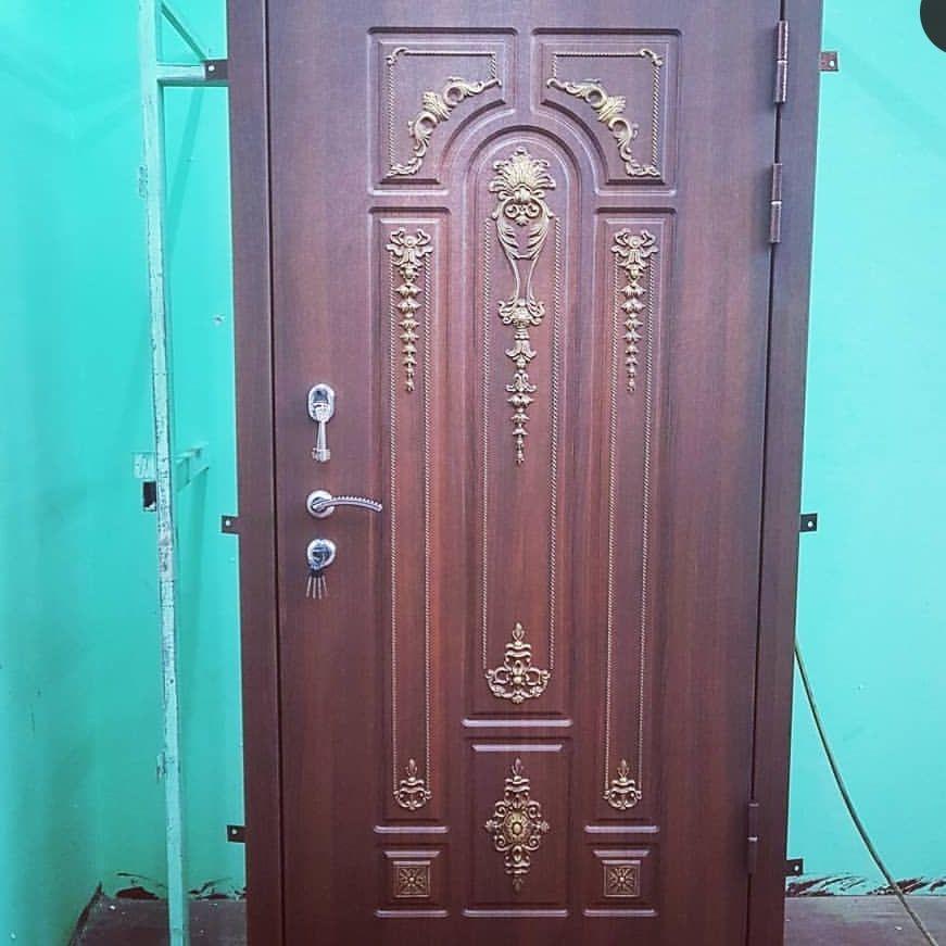 декор на двери
